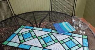 Stained Glass Quilted Table Runner Pattern, Fat Quarter Friendly, Cut Loose Press CLPKHL002, Table Quilt, Table Topper Pattern