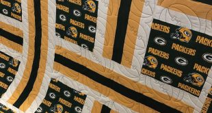 Look how fun this Packers quilt is!! This football quilting pattern is so awesom...