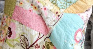 Tuesday Tutorial: Snuggly Layer Cake Quilt & a March Bag Giveaway -