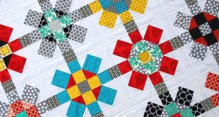 Labyrinth Quilt Pattern (PDF file)   A Red Pepper Quilts Patchwork Quilt Pattern