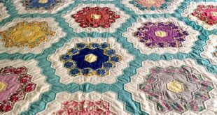 Vintage Antique Hand Sewn Reversible Flower Garden Quilt, Country Farm House Cabin Bedding, King/Queen Crafted Patchwork Comforter 92 x 96