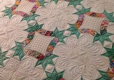 Finished quilting my vintage 1930's Friendship Knot quilt top - #quiltsonbasting...