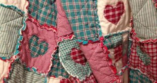 Homespun and Cotton Rag Quilt Flannel Backed Very Large Throw size Beautiful Pri...