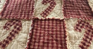 NEW Plaid Homespun PriMiTivE Rag Quilt Table Runner Christmas Farmhouse Red Tan Candy Canes Centerpi